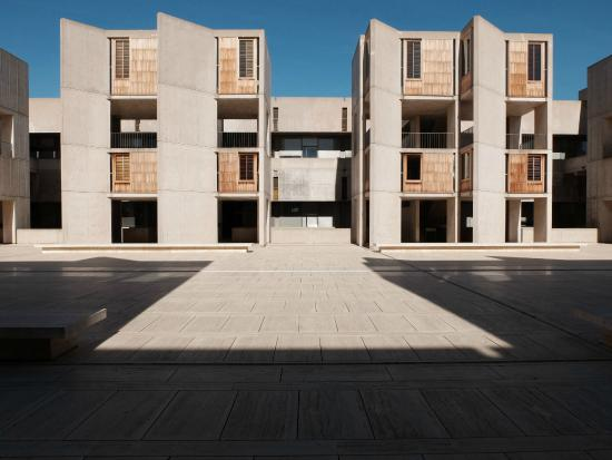 Salk Institute: Researcher's office towers