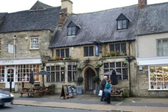 Laurence Summers Tour Guide : Shop in the Cotswolds