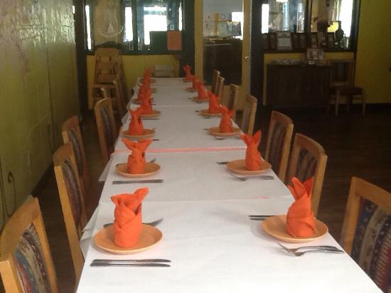 Bombay Bar & Grill : Accommodating large parties!