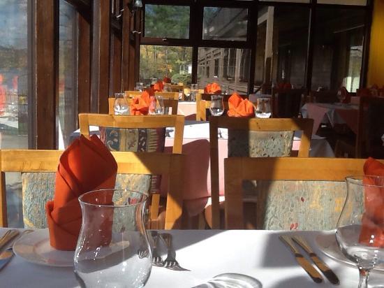 Bombay Bar & Grill : Beautiful setting!