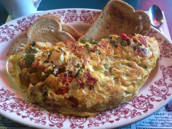Walt's Diner : The all-in $11 omlette.