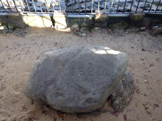 Isaac's on the Waterfront: Plymouth Rock