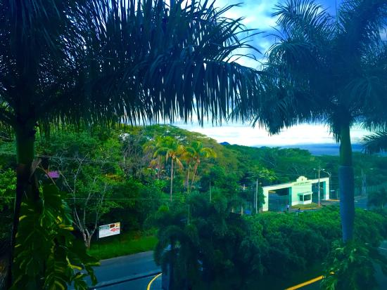 Barcelo Managua: Looking out of the room window