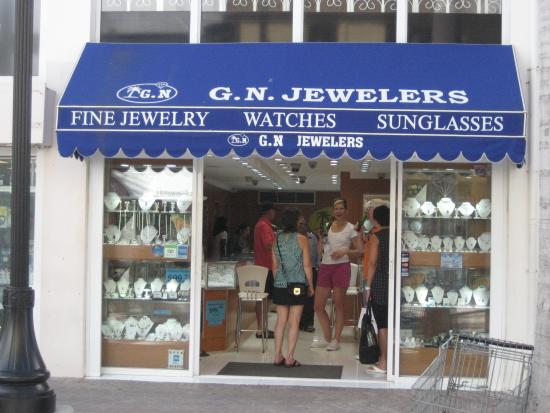 G.N. Jewelers: Store front