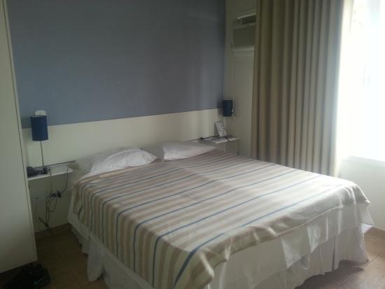Hotel Porto Veleiro: quarto