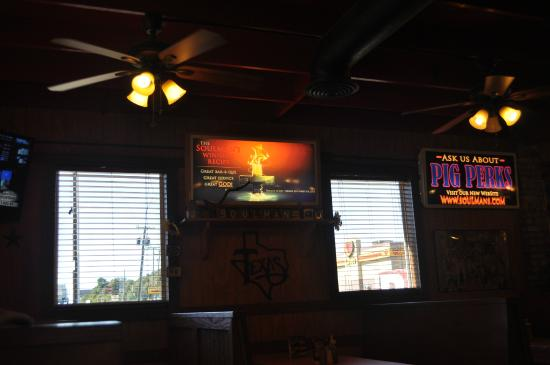 Soulman's BBQ: Great place to stop for lunch