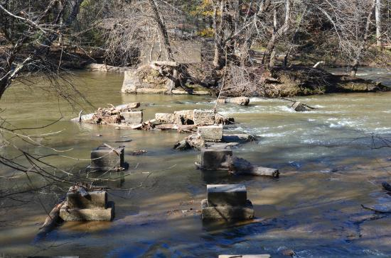 Musgrove Mill State Historic Site: Musgroves Ford at the Enoree River, plus old bridge pilings