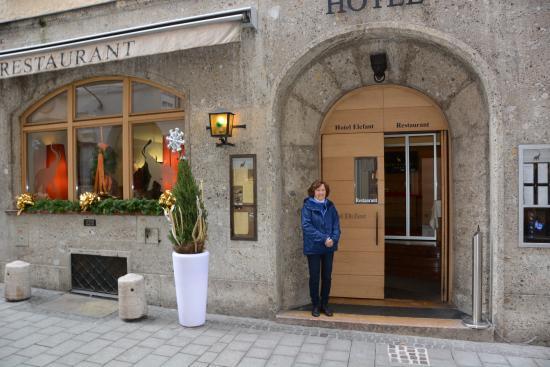 Hotel Elefant: location!