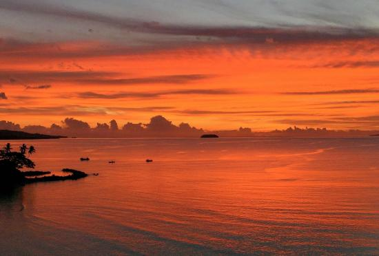 Nakia Resort & Dive: Sunset on Thanksgiving Day from our Nakia Bure