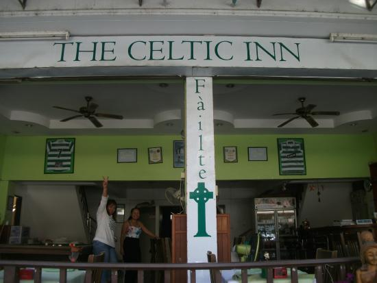 The Celtic Inn Guesthouse: Front of Inn