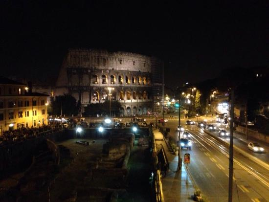 Palazzo Manfredi - Relais & Chateaux: View of the coliseum from the suite.