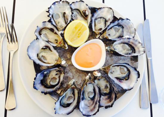 Omeros Bros Seafood Restaurant: Organic Smokey Bay Oysters
