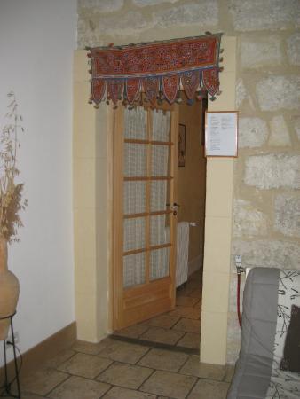 Air de Vacances : Door to bedroom