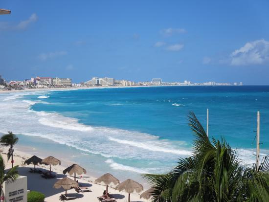 Club Regina Cancun : room view