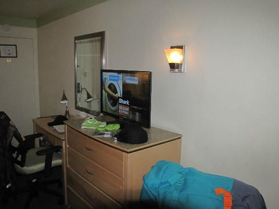 The Inn at Jack London Square: our room 210