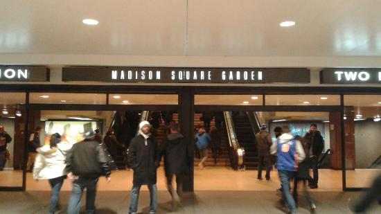 Entrance from penn station picture of madison square - Penn station madison square garden ...