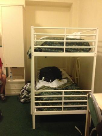 New Morpheus Rooms: Bunk beds in quadroom on older floor