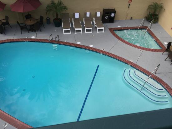 Best Western Hollywood Plaza Inn: Pool and Spa