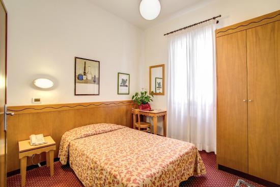 Hotel Nuova Italia: Camera singola