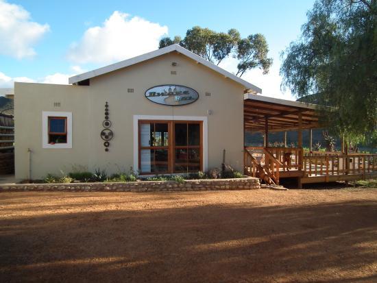 Koedoeskloof Country Lodge : Dewars pub