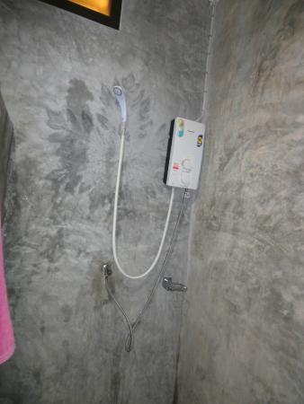 Da Kanda Villa Beach Resort : Dusche
