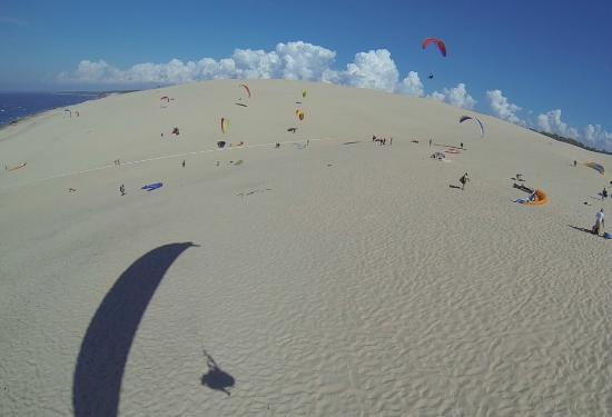 les parapentes picture of pyla parapente pyla sur mer tripadvisor. Black Bedroom Furniture Sets. Home Design Ideas