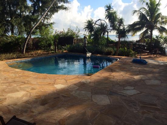 Tamani Villas : Pool