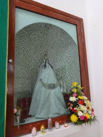 Iglesia de Concepcion Immaculada: Imagem da Santa