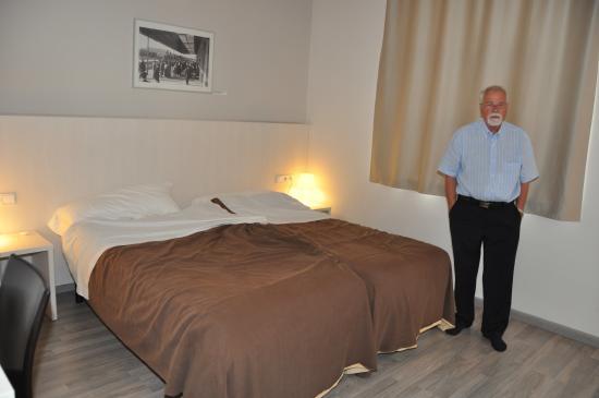 Hotel Estacio del Nord: chambre de l'hôte