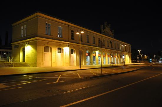 Hotel Estacio del Nord: hôtel de nuit
