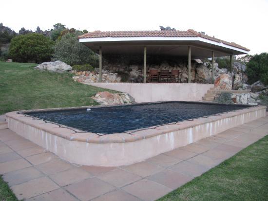Barton Luxury Villas: Swimming pool