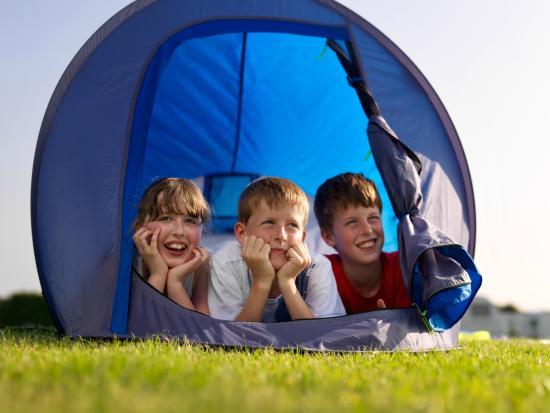 Bay View Holiday Park: Camping family fun