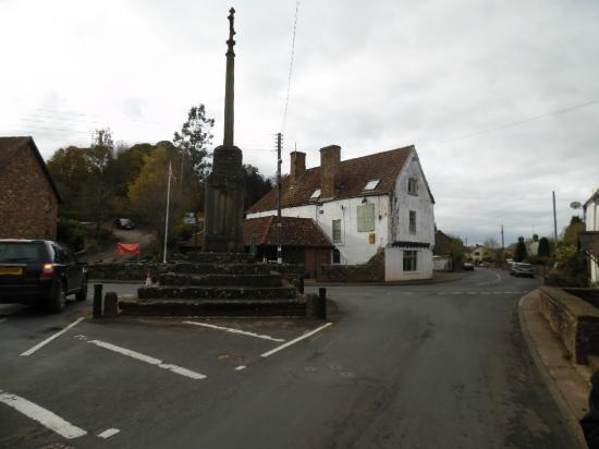 The Wyndham Arms Hotel : View from the road