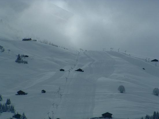 La Clusaz Ski Resort: long ski pistes
