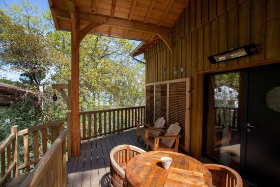 Cabane maguide photo de la cabane au bord du lac - La cabane au bord du lac ...