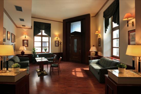 Hotel Carlton: Lobby bar