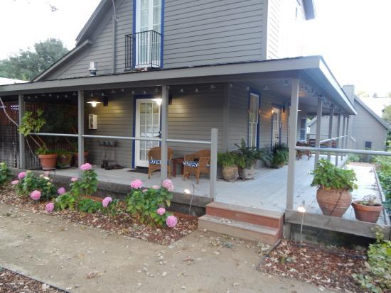 Lavender - A Four Sisters Inn: Our porch