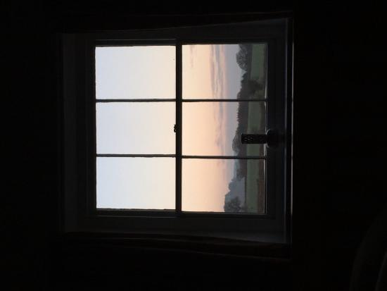 Upper Letton Farmhouse: What a way to wake up