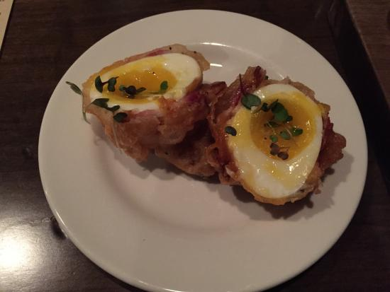 Tuc Craft Kitchen : Bacon wrapped egg