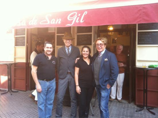 Gil En El Jacuzzi.Bar Rosa De San Gil Seville Restaurant Reviews Photos