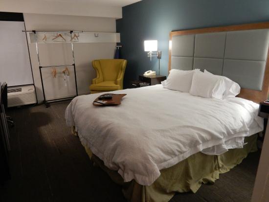 Hampton Inn Sarasota I-75 Bee Ridge: THE ROOMS