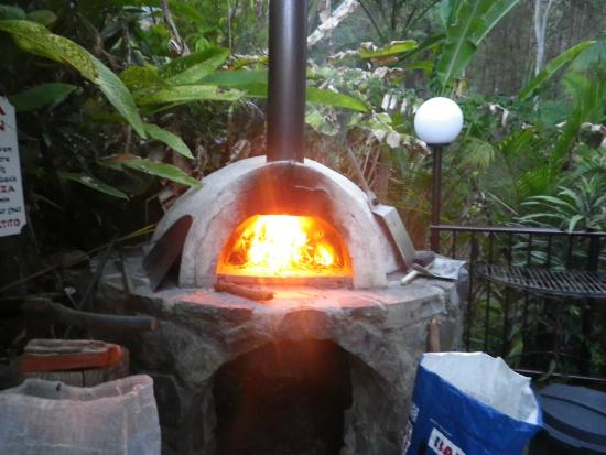 Mooloolah Valley Holiday Houses: Pizza Oven so cool