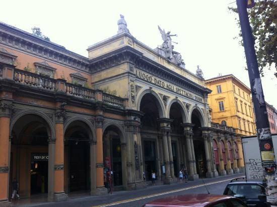 Via picture of via dell 39 indipendenza bologna tripadvisor for Via indipendenza 69 bologna