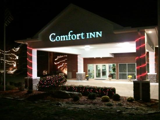 Comfort Inn: Christmas Lights