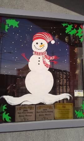 Golden Harvest Restaurant: Golden Harvest is ready for the holidays!  Host your party with us!