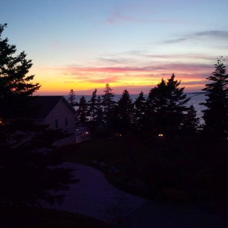 Oceanstone Resort: Sunset