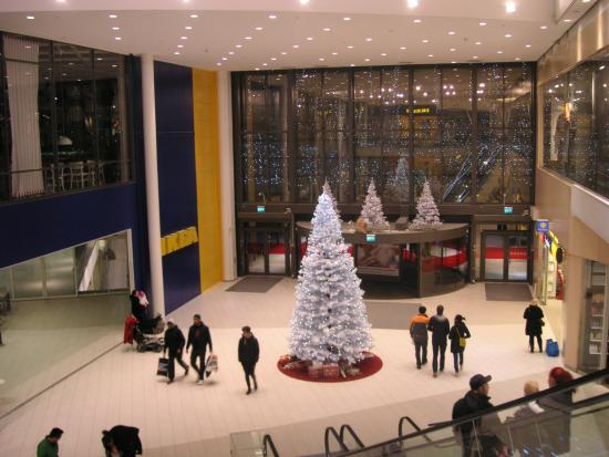 erikslund shoppingcenter öppettider jul