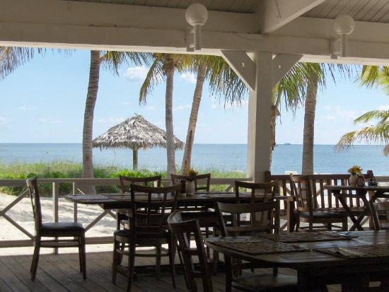 Taino by the Sea: looking out
