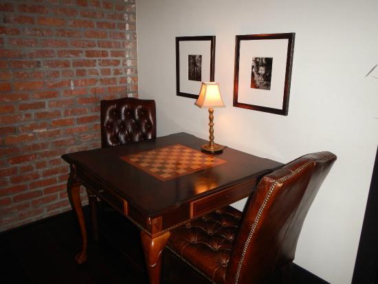 Granada Hotel And Bistro Table For Chess Checkers Backgammon