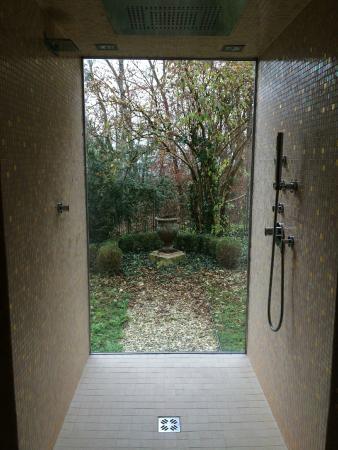 Hotel Schloss Obermayerhofen: Dusche im Wellness/Saunabereich